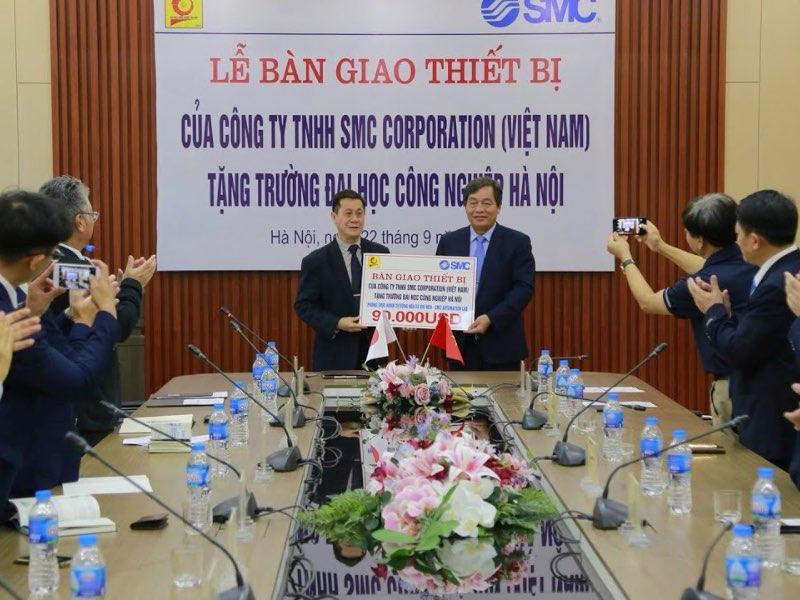 Lễ bàn giao thiết bị của Công ty SMC Corporation cho Đại học Công nghiệp Hà Nội